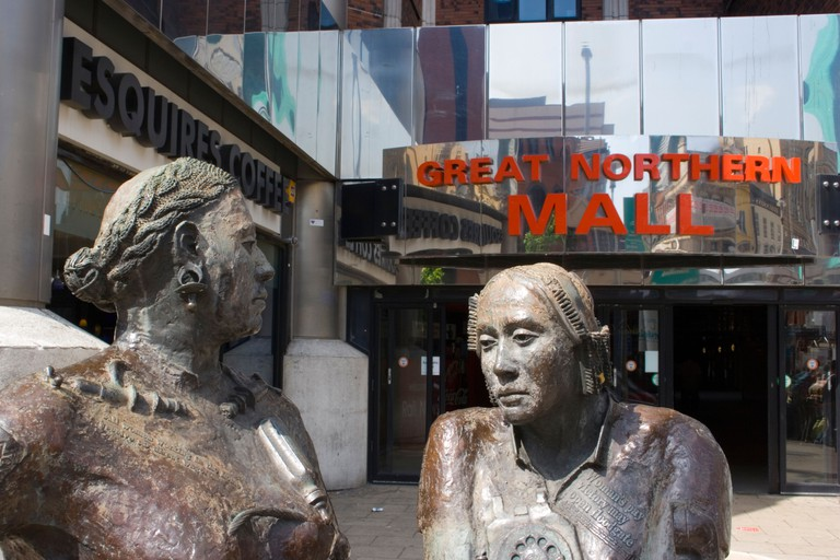 Women workers. Statues at Great Northern Mall, Victoria Street, Belfast, Northern Ireland. Image shot 2007. Exact date unknown.
