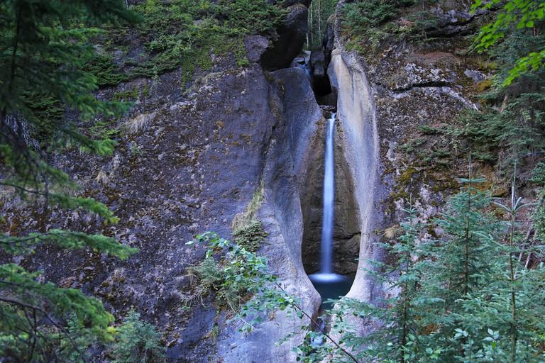 punchbowl falls jasper park