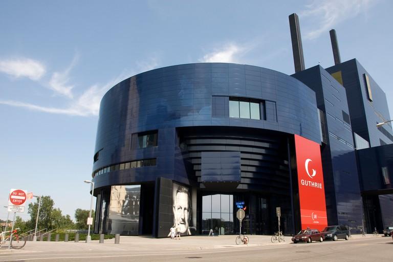 Minnesota Twin Cities Minneapolis Saint Paul Guthrie Theater