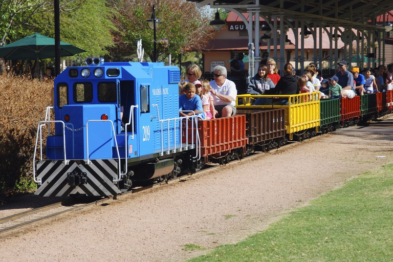 Painet jm7230 arizona scottsdale mccormick stillman railroad park narrowgauge train rides children kids families carriage