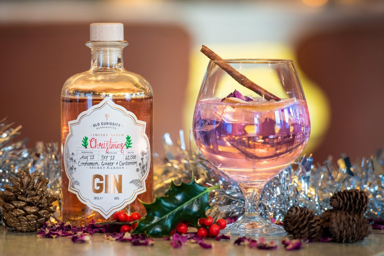 8 November 2018Gin goes in the pink for ChristmasLuxury gin brand, Old Curiosity, will be in the pink this Christmas with its first, colour-changin