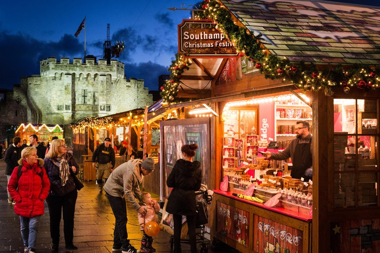 Southampton Christmas Market with the city's historic Bargate in the background. Image shot 2016. Exact date unknown.