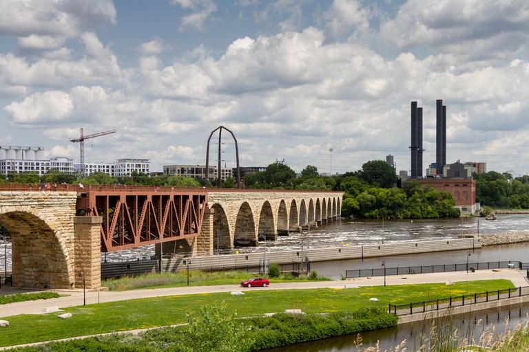 Stone Arch Bridge, Minneapolis, Minnesota, USA