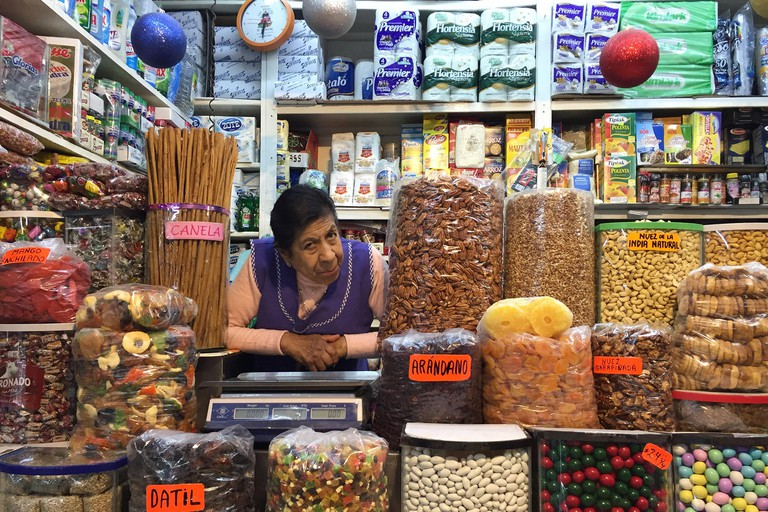 Mexico City, Mex. 05th Feb, 2019. The massive Mercado Medellin in Roma Sur offers an old-school alternative to modern grocery stores. Credit: Ray Mark Rinaldi/Chicago Tribune/TNS/Alamy Live News