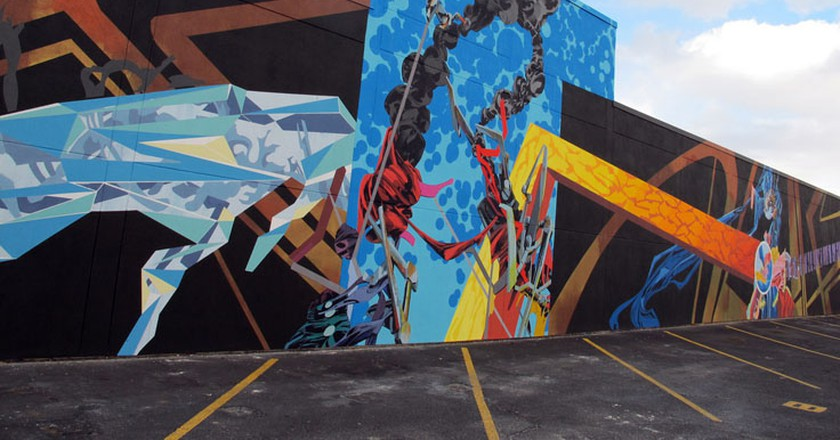 Quantum Bridge by Aaron Noble with Warehouse 508 © Aaron Noble, Courtesy of 516 ARTS
