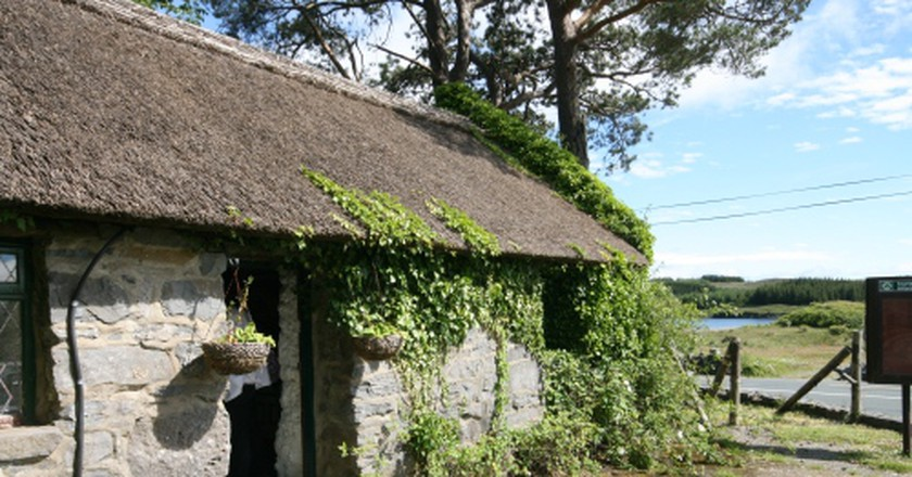 The Quiet Man Cottage, Connemara |© Barnacles Budget Accommodation/Flickr