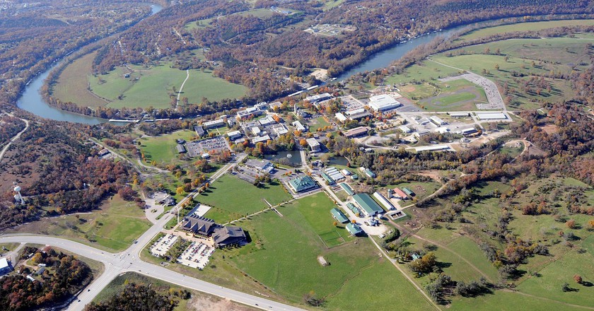AP College of the Ozarks Aerial | ©KTrimble/Wikipedia