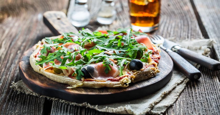 Pizza©Shaiith / Shutterstock