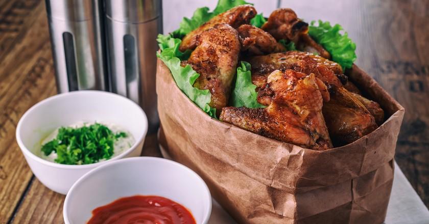 BBQ Jerk Chicken I © Alex Borovsky/Shutterstock