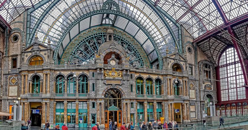 Antwerpen-Centraal Railway Station © Duane Moore
