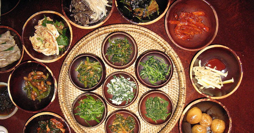 Korean temple food dishes | © by Ricky! / Wikimedia Commons