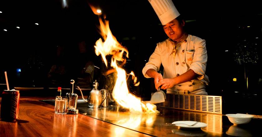 A teppanyaki buffet | ©Giorgio Minguzzi/Flickr