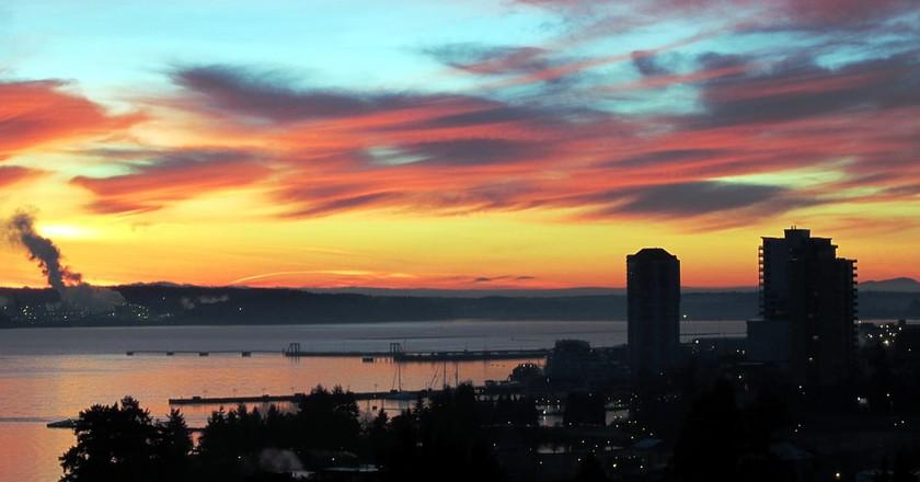 Sunrise over Nanaimo, British Columbia © David Stanley