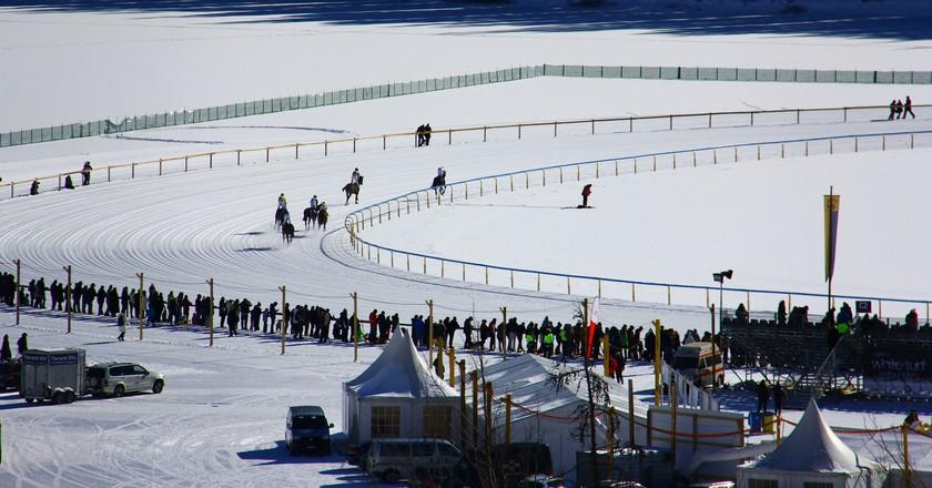 White Turf - St. Moritz - Suica|© Cesar I. Martins /Flickr