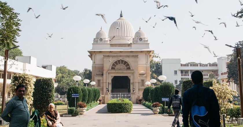 10 Must-See Religious Sites In Delhi