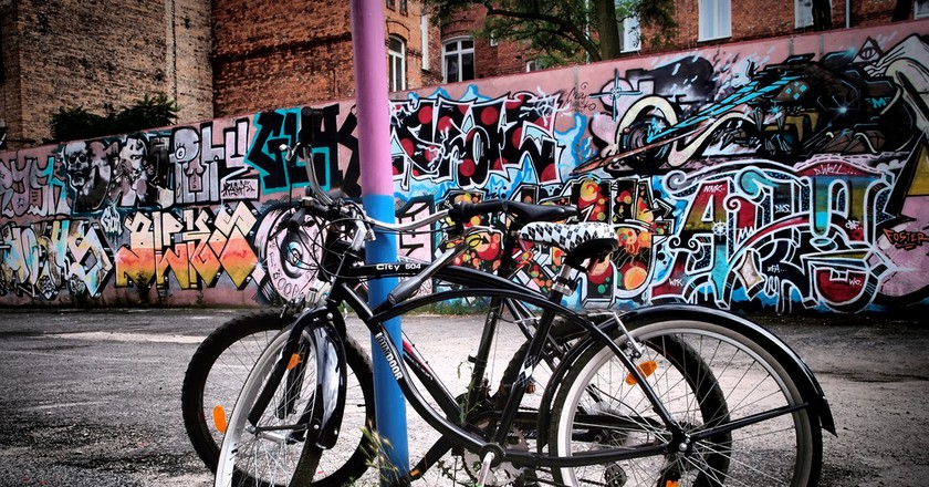 BIkes in Praga, Warsaw | © VnGrijl/Flickr