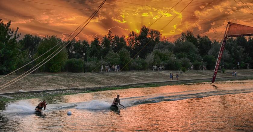 Sunset on Ada Ciganlija © Ratko Bozovic/Flickr