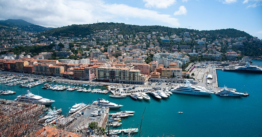 The 10 Best Bars Around the Port of Nice, France