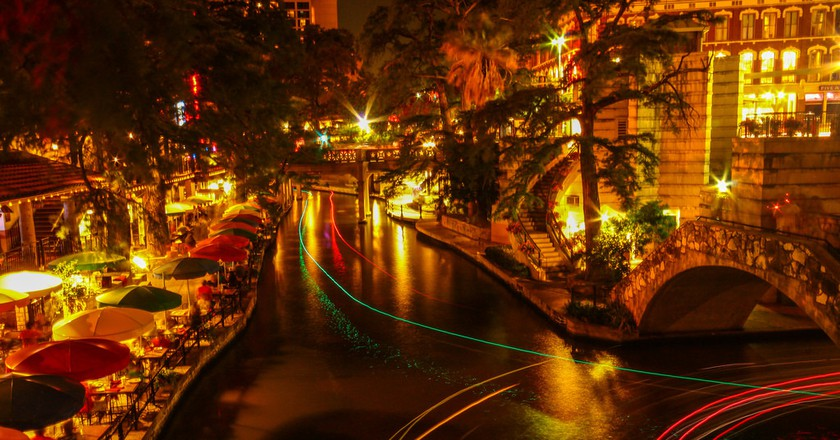 Riverwalk @ San Antonio | © Sarath Kuchi/flickr