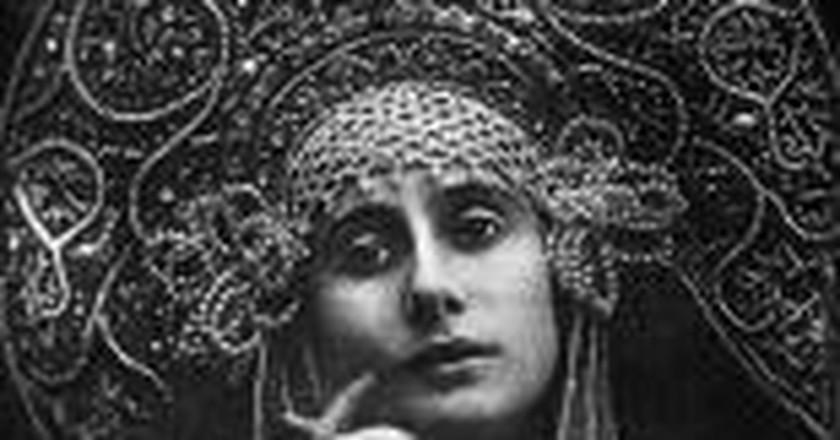 Famous Russian Ballerina: Anna Pavlova