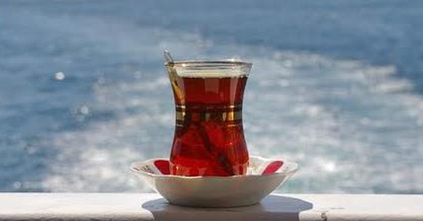 The 10 Most Authentic Tea Gardens In Istanbul