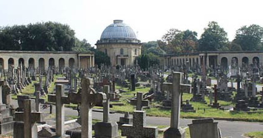 Erie & Historical Cemeteries to Visit in London