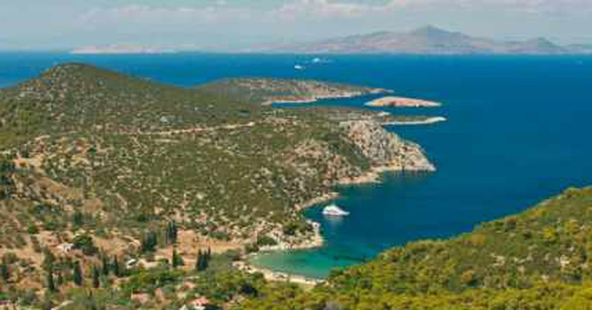 Top 5 Reasons To Visit The Greek Island, Poros