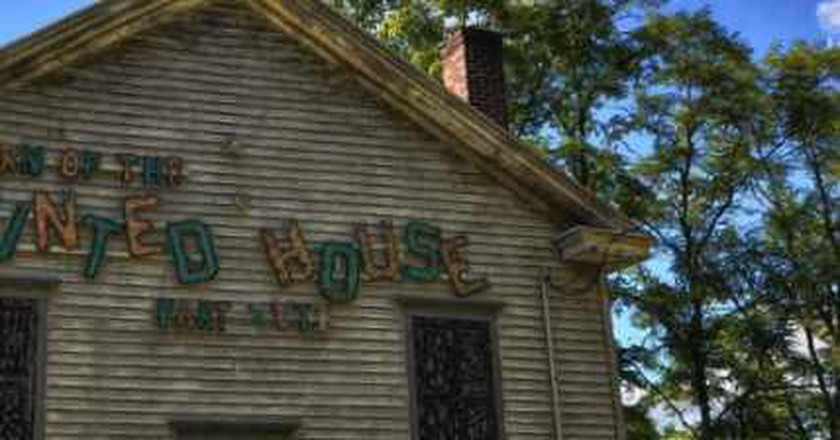 5 Houston Haunted House Attractions To Check Out This Halloween Season