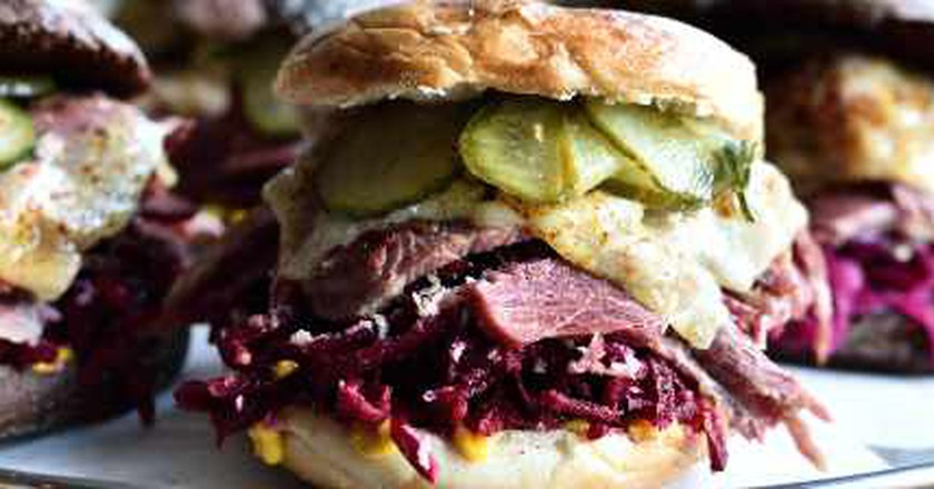 Bell & Brisket Arrives At The Barley Mow