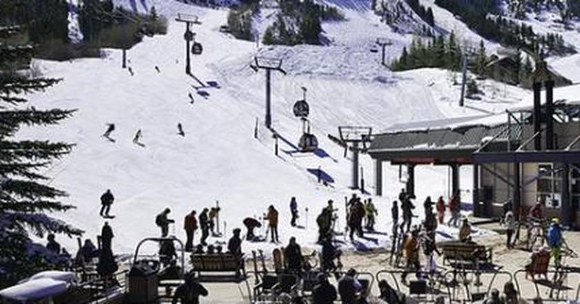 The 10 Best Apres-Ski Bars in the USA