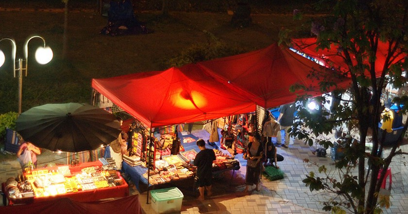 Night Market, Vientiane © William/Flickr