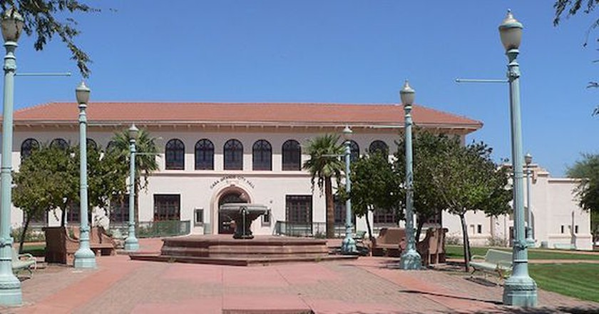 Casa Grande City Hall   Ⓒ Ammodramus/WikiCommons