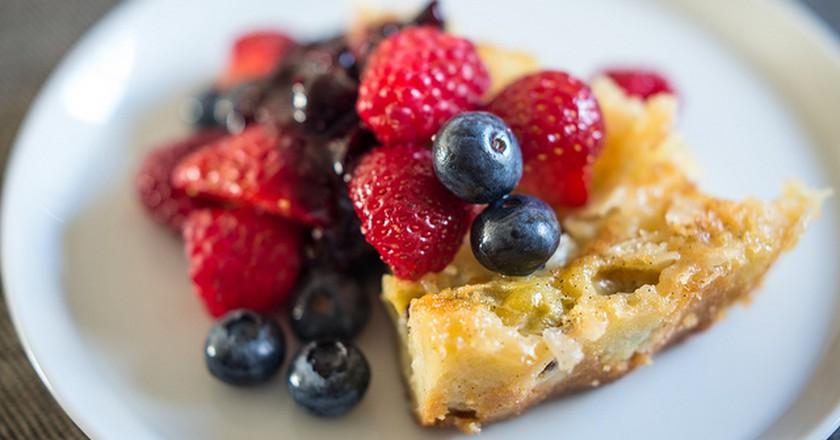 Gooseberry Clafoutis with Fruit   ©Stijn Nieuwendijk/Flickr