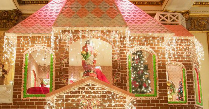 The Brightest Holiday Displays In San Francisco