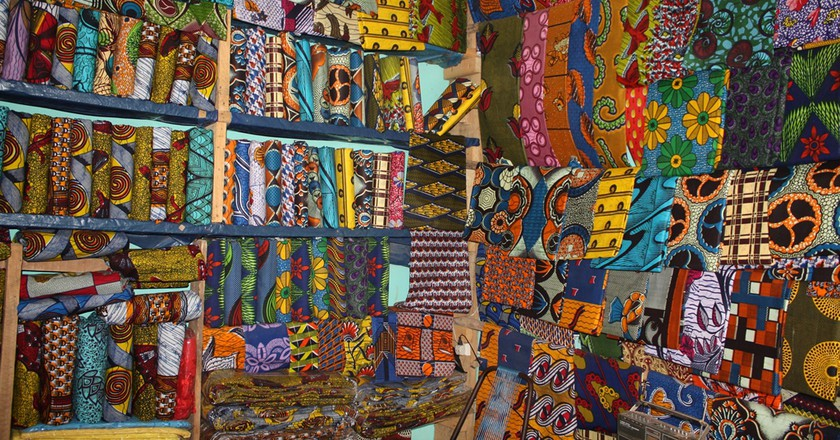 African waxprints | © Alexander Sarlay/ WikiCommons