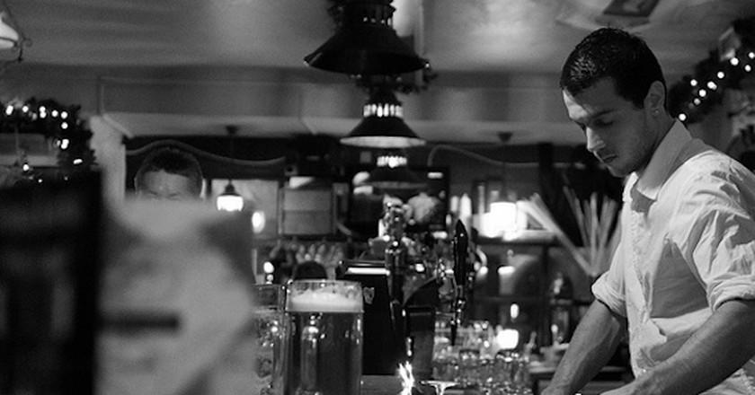 Bartender  © Vratislav Darmek/Flickr