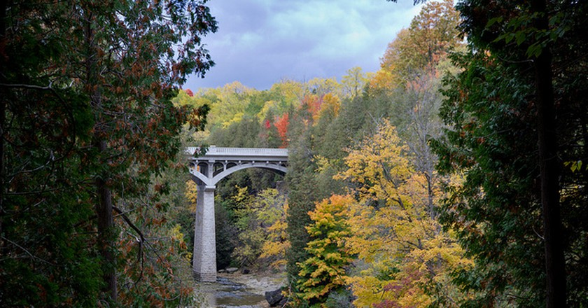 Fall Colors in the Elora Gorge | © Artur Staszewski/Wikicommons