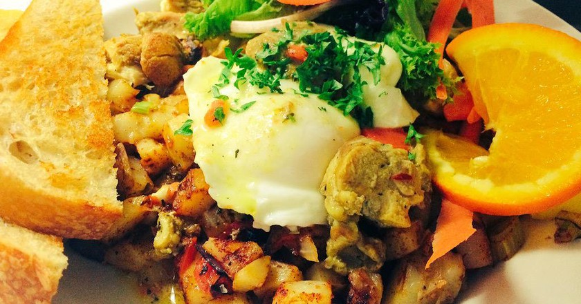 Must-Try Breakfast Spots And Diners In Hamilton, Canada