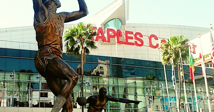 Statue of LA Lakers' Kareem Abdul-Jabbar. Photo by Marie Cradle.
