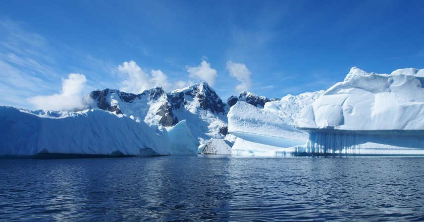 Ice sheet, Antarctica |  © Andreas Kambanis/Flickr