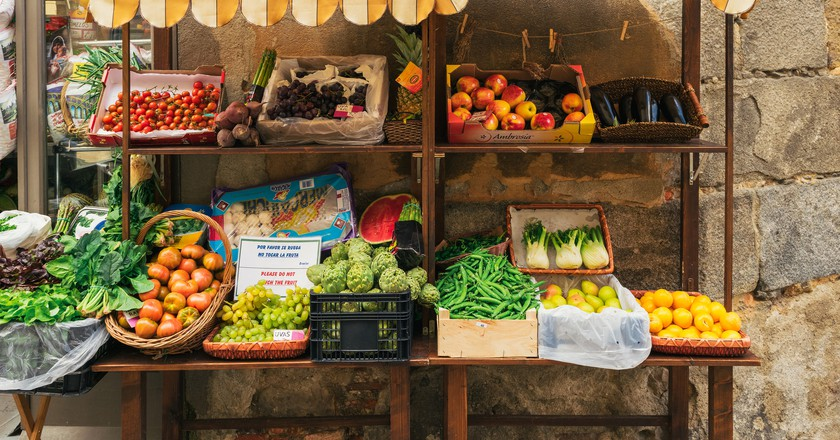 Fruit and Veg Stand   © Gregorio Puga Bailón / flickr
