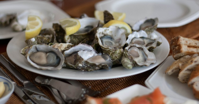 Oysters   ©Lachlan Hardy/Flickr