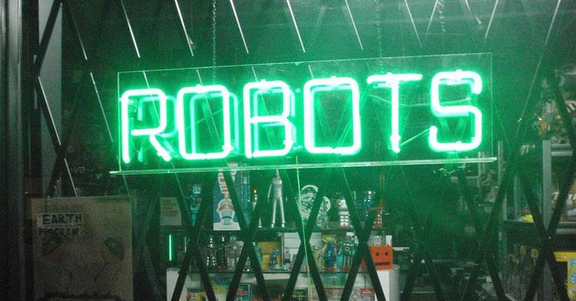 robots | ©Anthony Easton/flickr