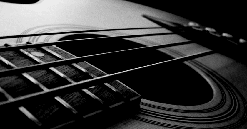 Acoustic Bass Guitar | Bruno Mazotti/Flickr