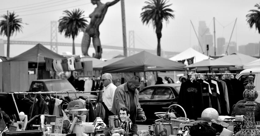 Treasure Island Flea Market © Tom Hilton/Flickr