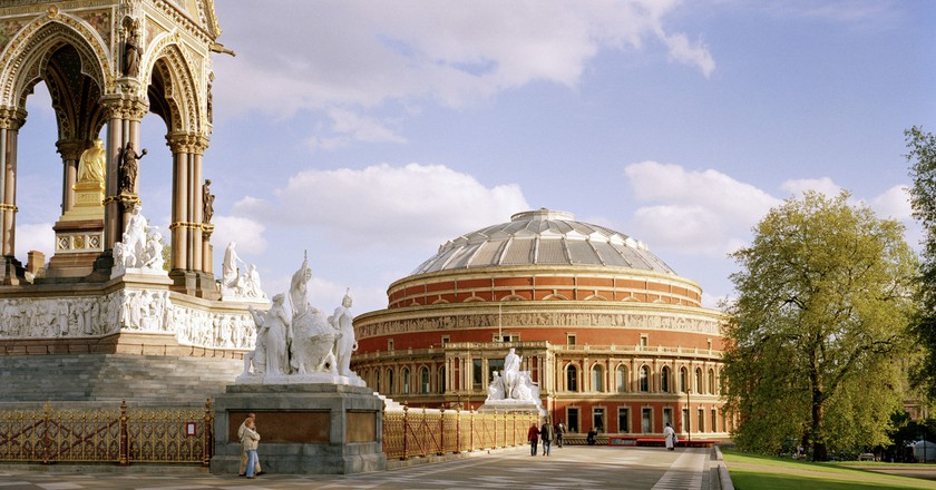 The Albert Memorial and the north facing entrance to the Royal Albert Hall.   © Marcus Ginns