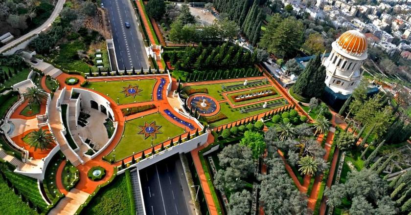 Aerial view of the bridge terrace behind the Shrine of the Báb | Courtesy of Zvi Roger - Haifa Municipality