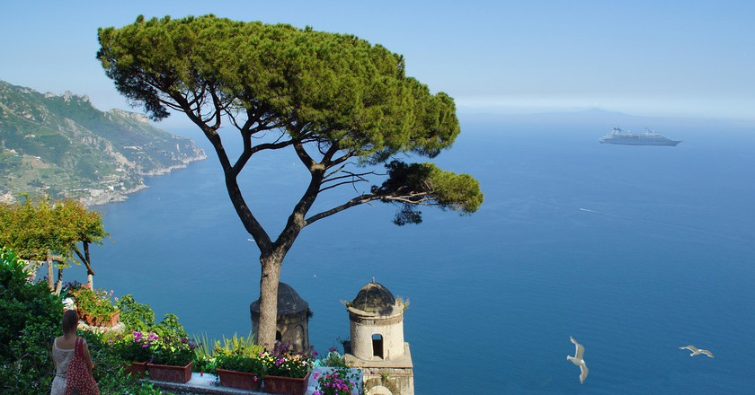 The 10 Best Restaurants In Amalfi, Italy