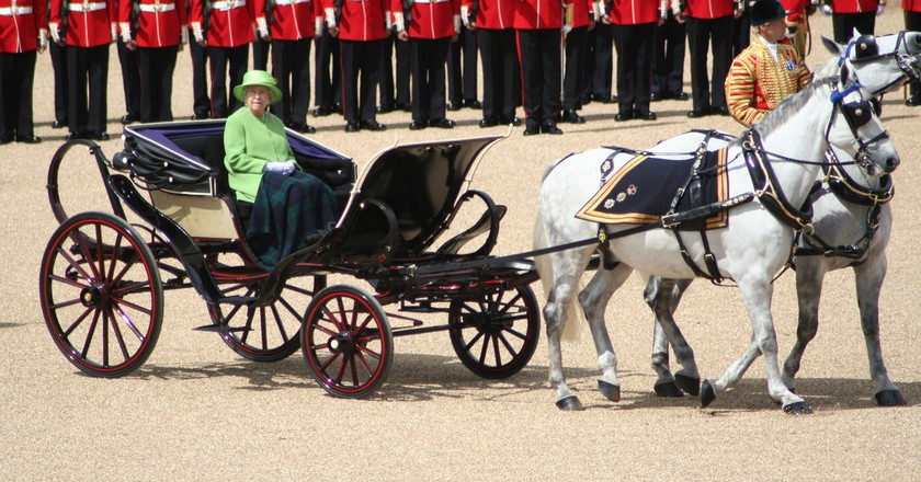 The Queen's carriage during the Trooping the Colour in 2007 | © Jon / WikiCommons