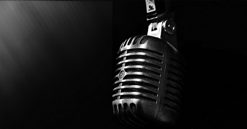 Microphone © Drestwn/Flickr